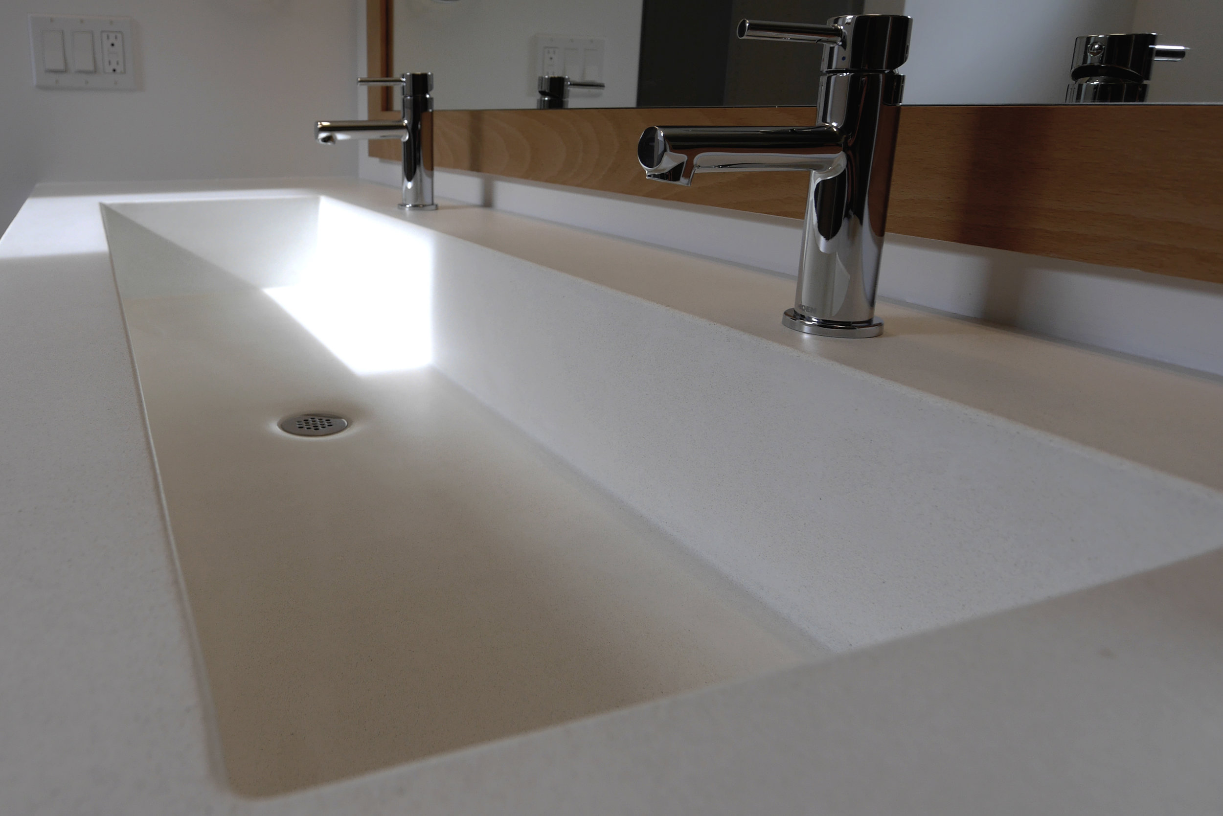 White Concrete Trough Sink (1).jpg