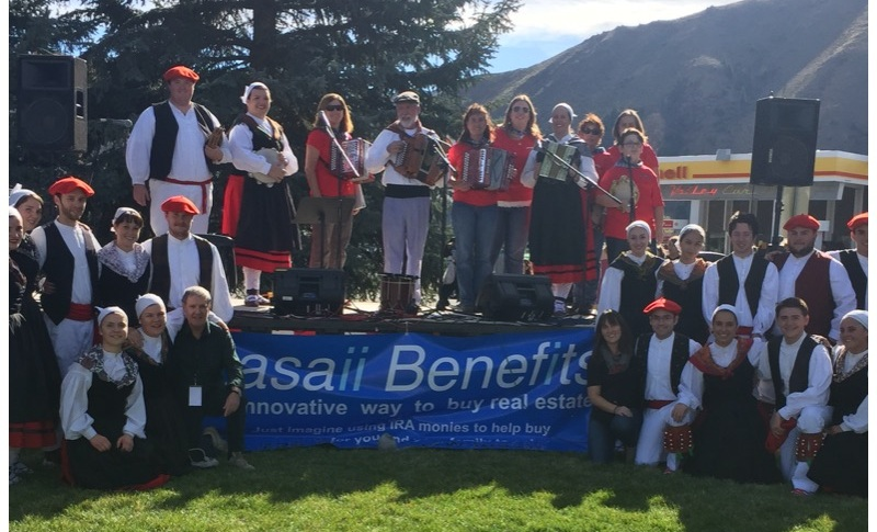 Lasaii Benefits. Trailing of the Sheep Festival sponsor in 2016.