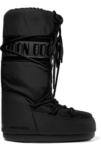 Shell and rubber snow boots  €152.15  Photo: www.net-a-porter.com