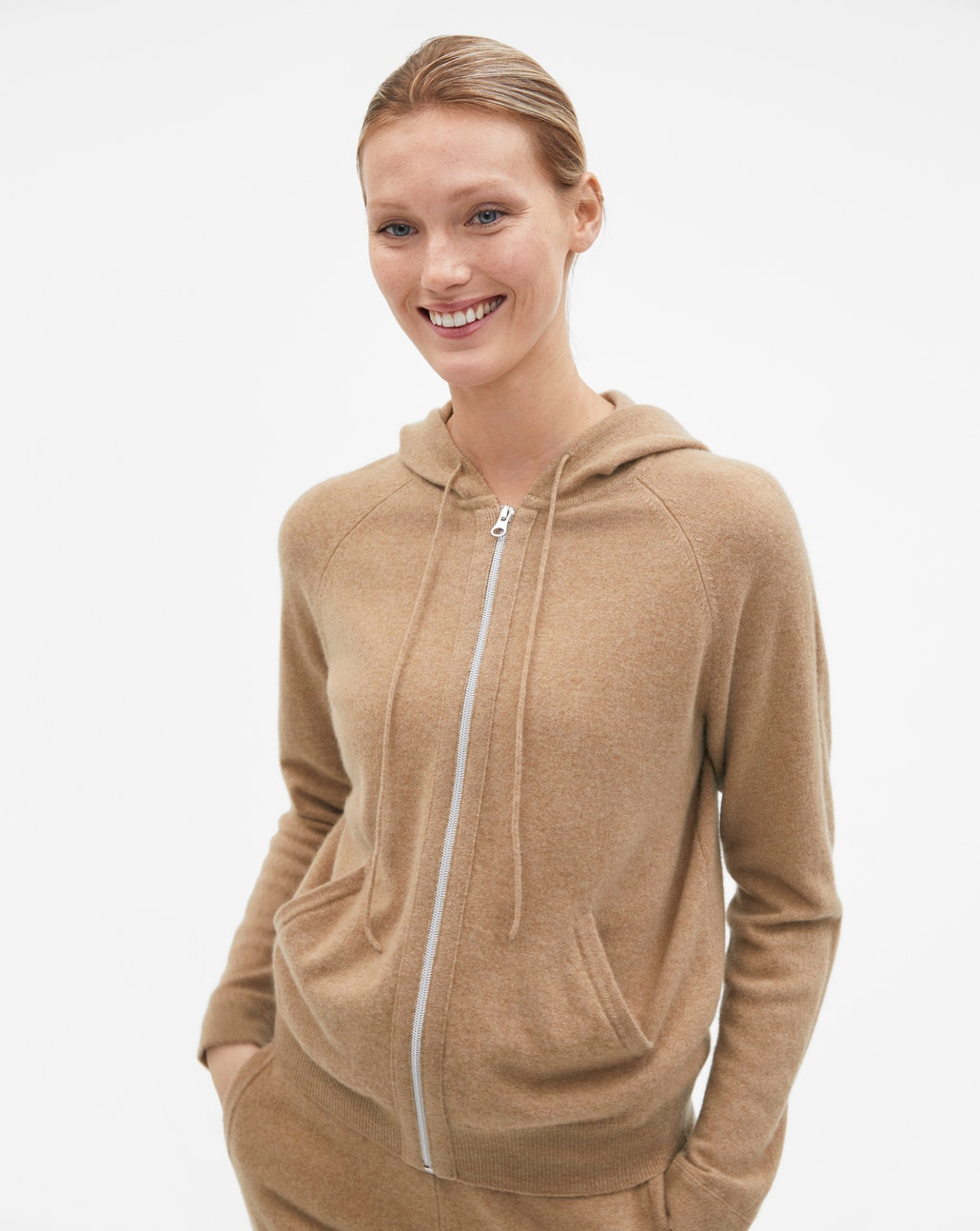 100% Cashmere hoodie : was £ 270, now £ 189.