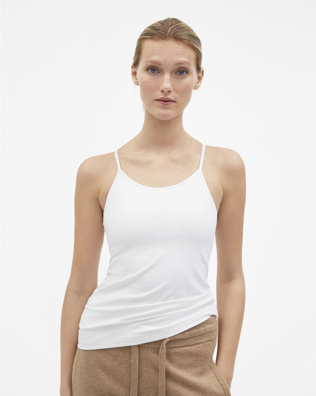 Tank top : before £ 70, now £ 42.