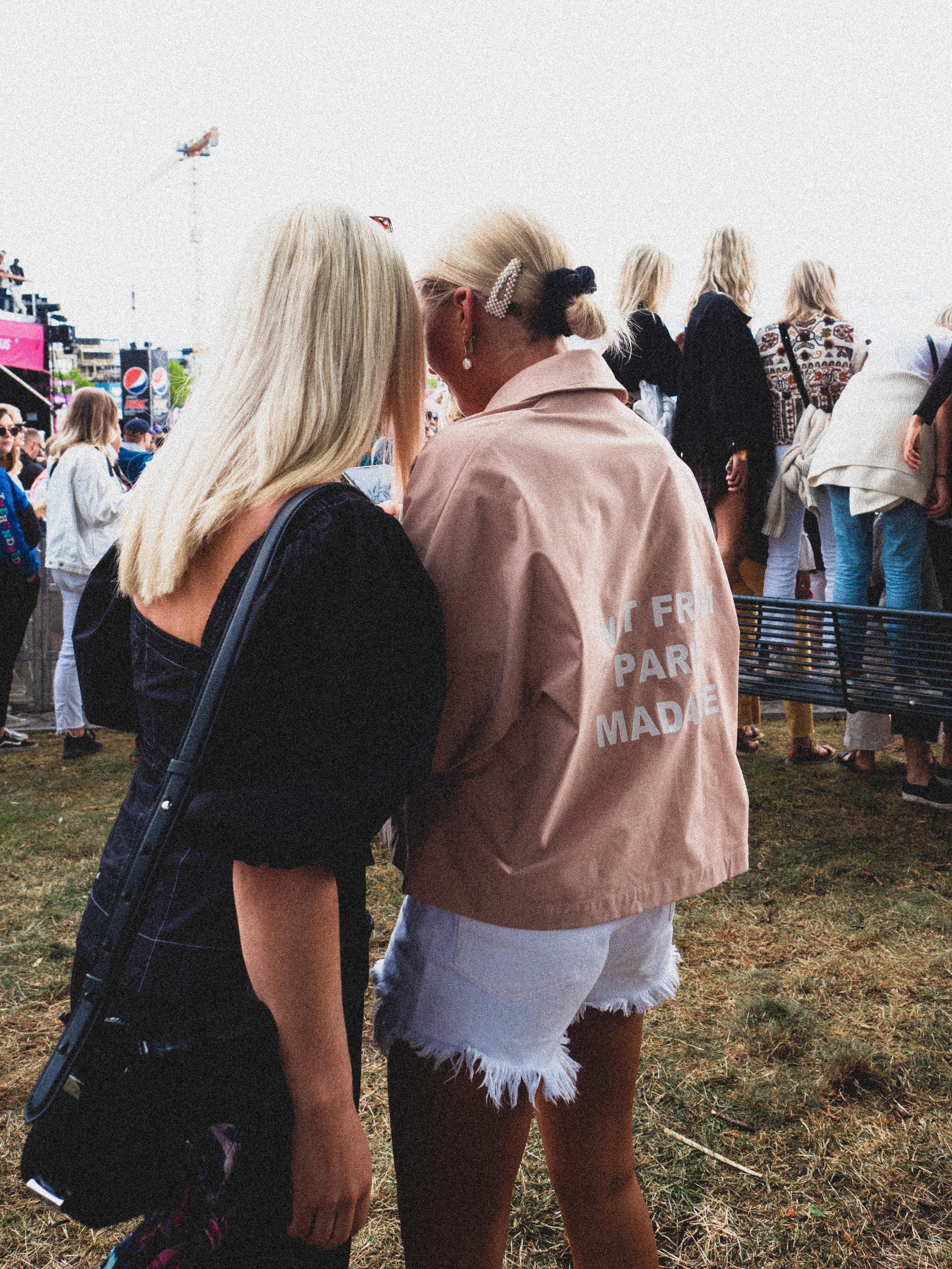 Sofie Baade    in her jacket from Drole De Monsieur. Photo: Jonas Stefan / Estér Magazine