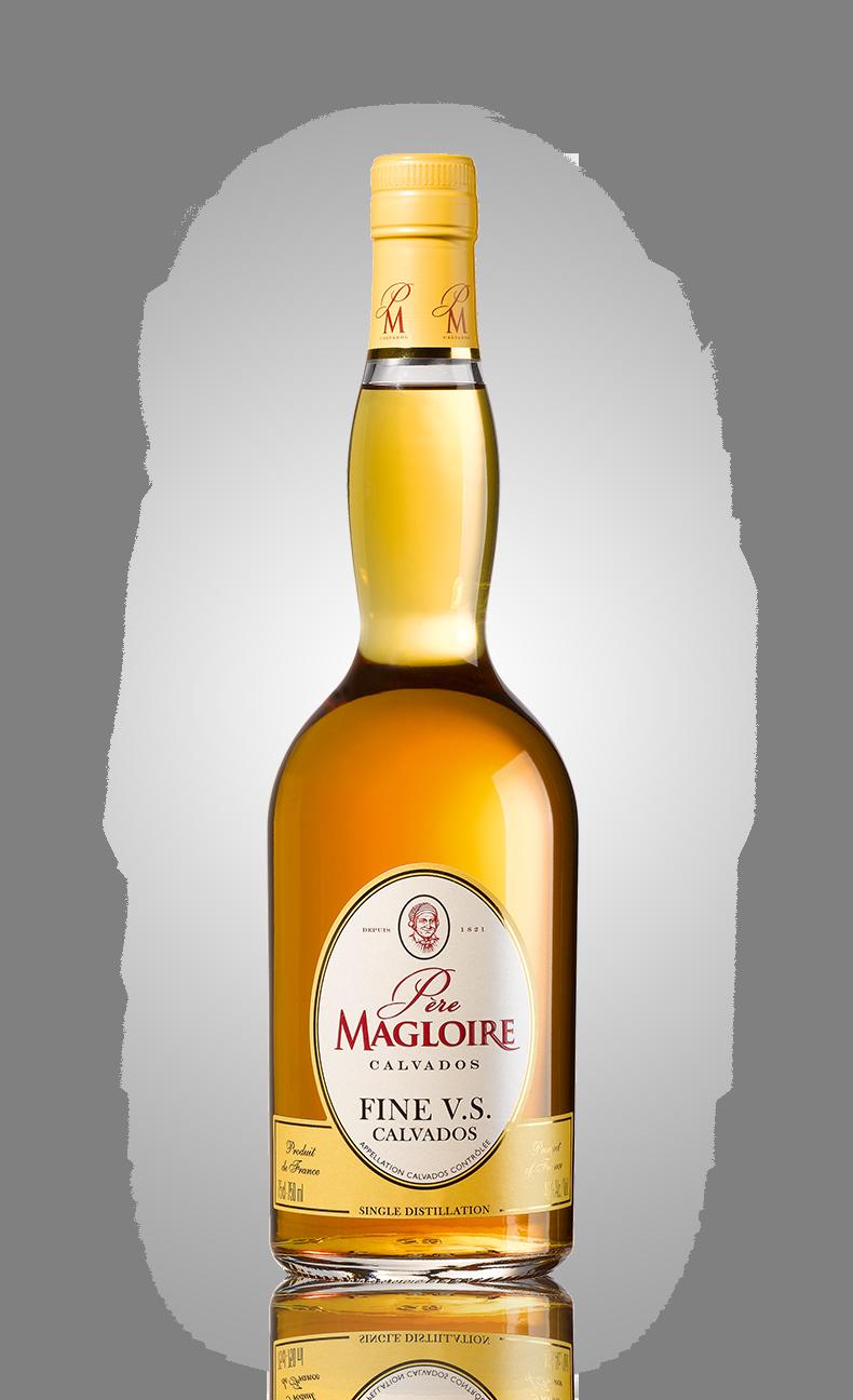 Bottles_0034_Pere-Magloire-Fine.png