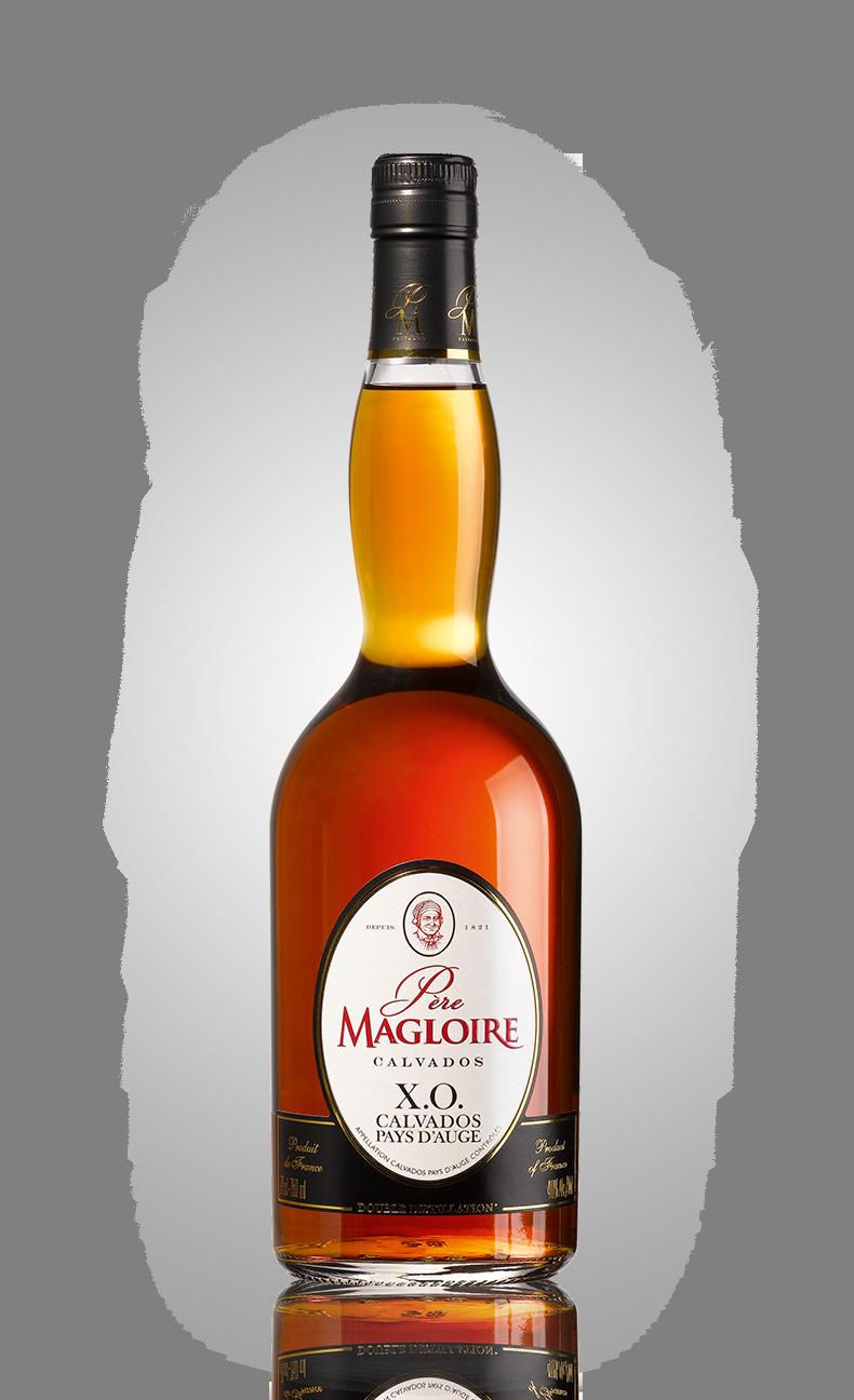 Bottles_0036_Pere-Magloire-XO.png