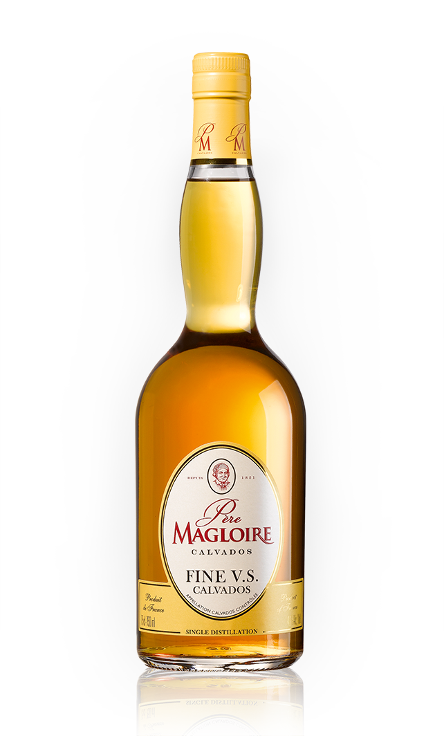 Bottles_0018_Pere-Magloire-Fine VS copy.png