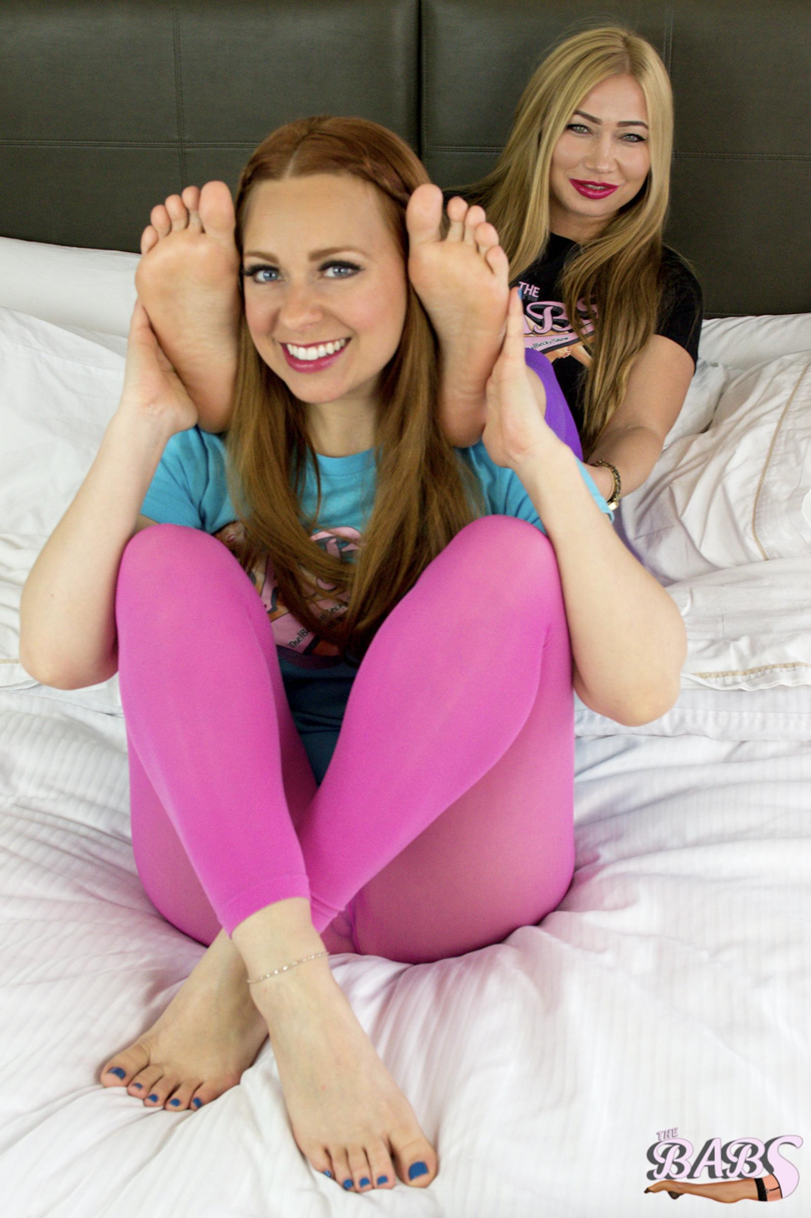 Becky & Vivi Feet On Shoulders 2.png