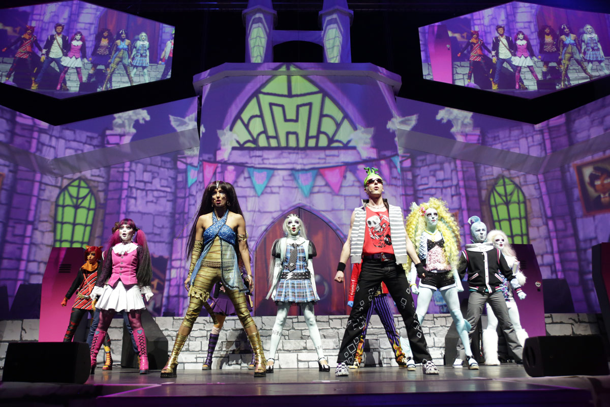MONSTER HIGH LIVE_01.jpg