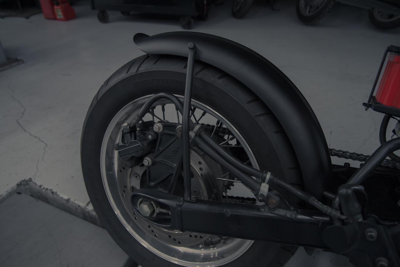 truimph custom seat rear fender atx moto-3.jpg