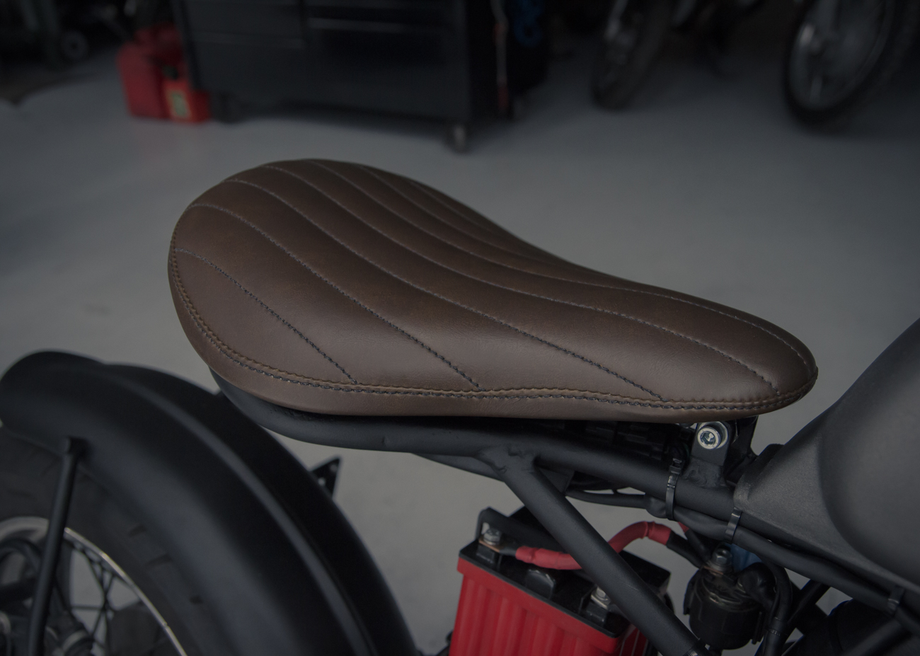 truimph custom seat rear fender atx moto-5.jpg