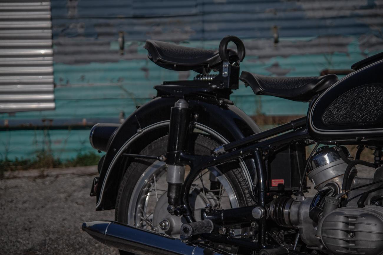 double seat black classic-36.jpg