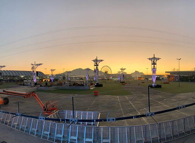 Sunrise sound checks at Rock in Rio...., festival season can be long days .... #whathappensbackstagestaysbackstage #wild #wildmgmt #wildmanagementltd #music #livemusic #artistmanagement #artist_support #promomanagement #tourmanagement #productionlife #liveevents #eventmanagement #artist #band #tourlife #touring