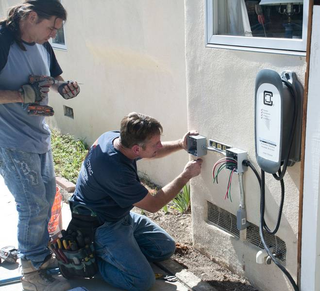 EV charger electrician.jpg
