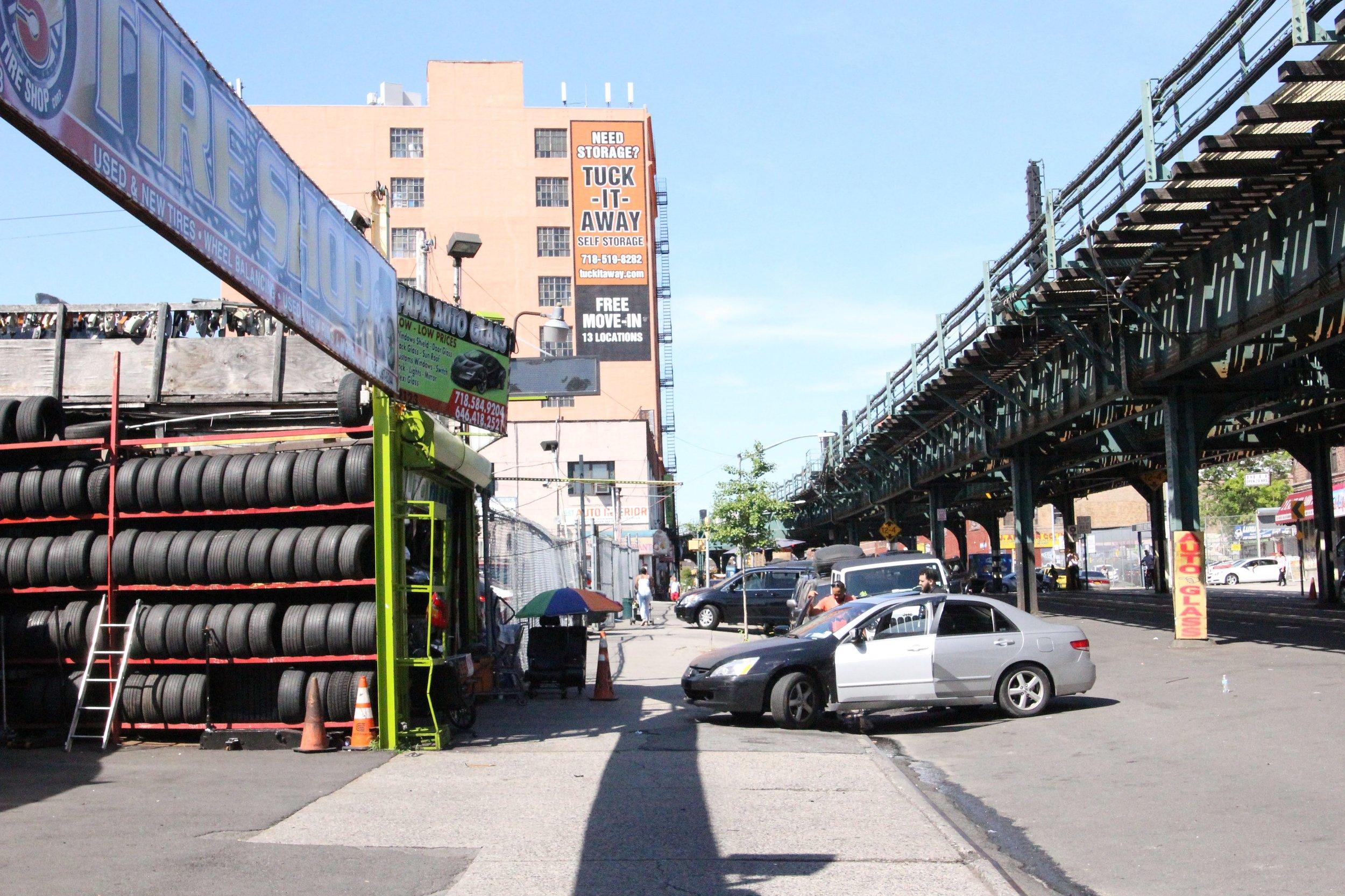 Auto_street.JPG