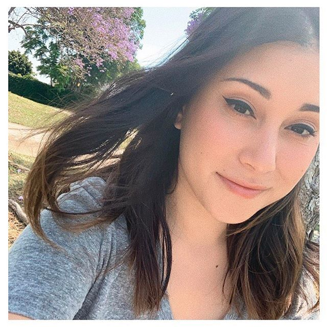 meet B R I A N A ✨ not only is she gorgeous but she is our v talented reiki master + crystal guru ✨ ⠀⠀⠀⠀⠀⠀⠀⠀⠀ C U R I O U S as to what reiki is + how it works? come try it for yourself 🙌🏼 for the month of July, we will be offering a 45 minute session for $45! spots are V E R Y limited + prices will go up at the end of the month so get in where you fit in 💜 ⠀⠀⠀⠀⠀⠀⠀⠀⠀ call, text or book online (link in bio!) ⠀⠀⠀⠀⠀⠀⠀⠀⠀ #icandyhb