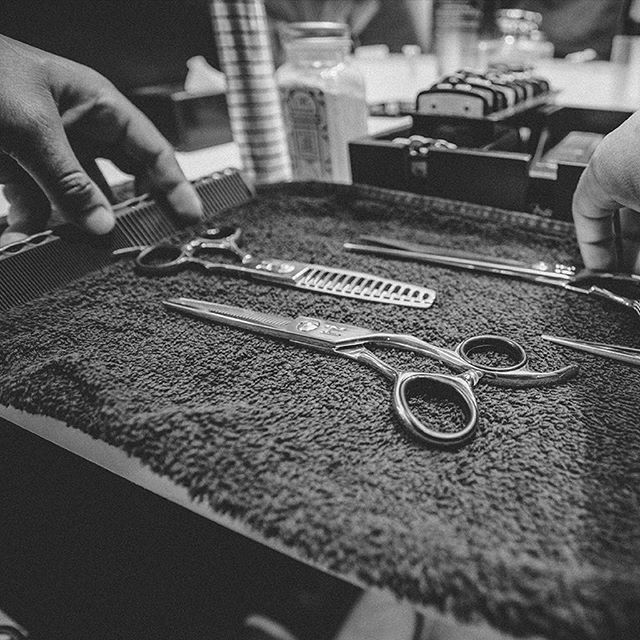 theshearbarber.com is now LIVE! Go check it out! We loved collaborating, branding, photographing, filming & web designing all of @theshearbarber 's dream into reality. If your in the San Diego area make sure you stop in for a fresh cut with @theshearbarber at @barbershopheaven_nc . • • • • • • #hddc #hellodeerdesignco #dallas #texas #designcompany #marketing #thedream #hellodeer #branding #problemsolvers #brandbuilders #storytellers #makegreatdesign #dowhatyoulove #teamwork #promo #design #designersofinstagram #barber #sandiego #california #logo #photography #freshhair #barbersofinstagram #websitedesign #webdesign