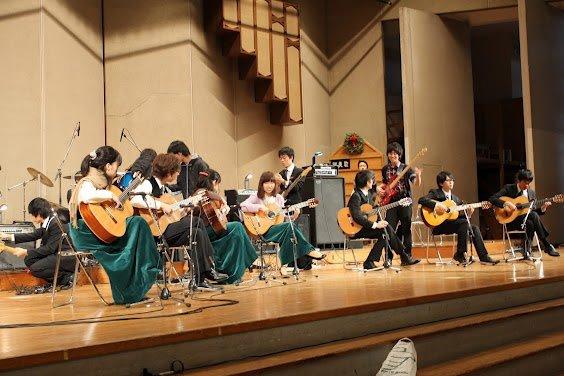 青山ギターアンサンブル.jpg