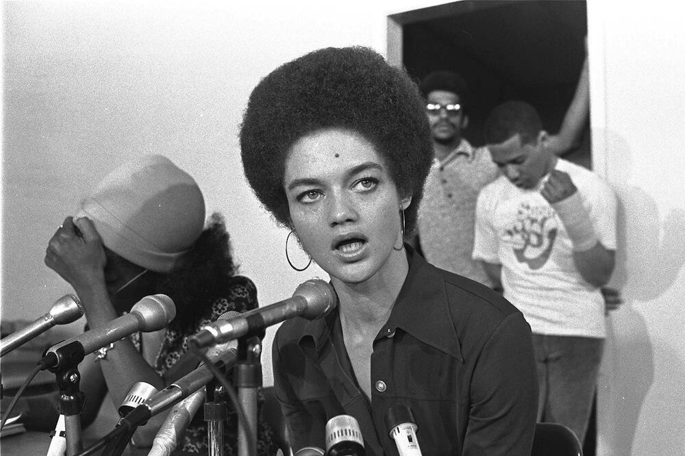 Kathleen Cleaver at San Francisco news conference (August 24, 1972)