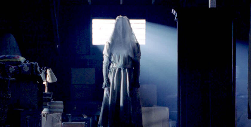 the-curse-of-the-weeping-woman-la-llorona-horror-movie.jpg