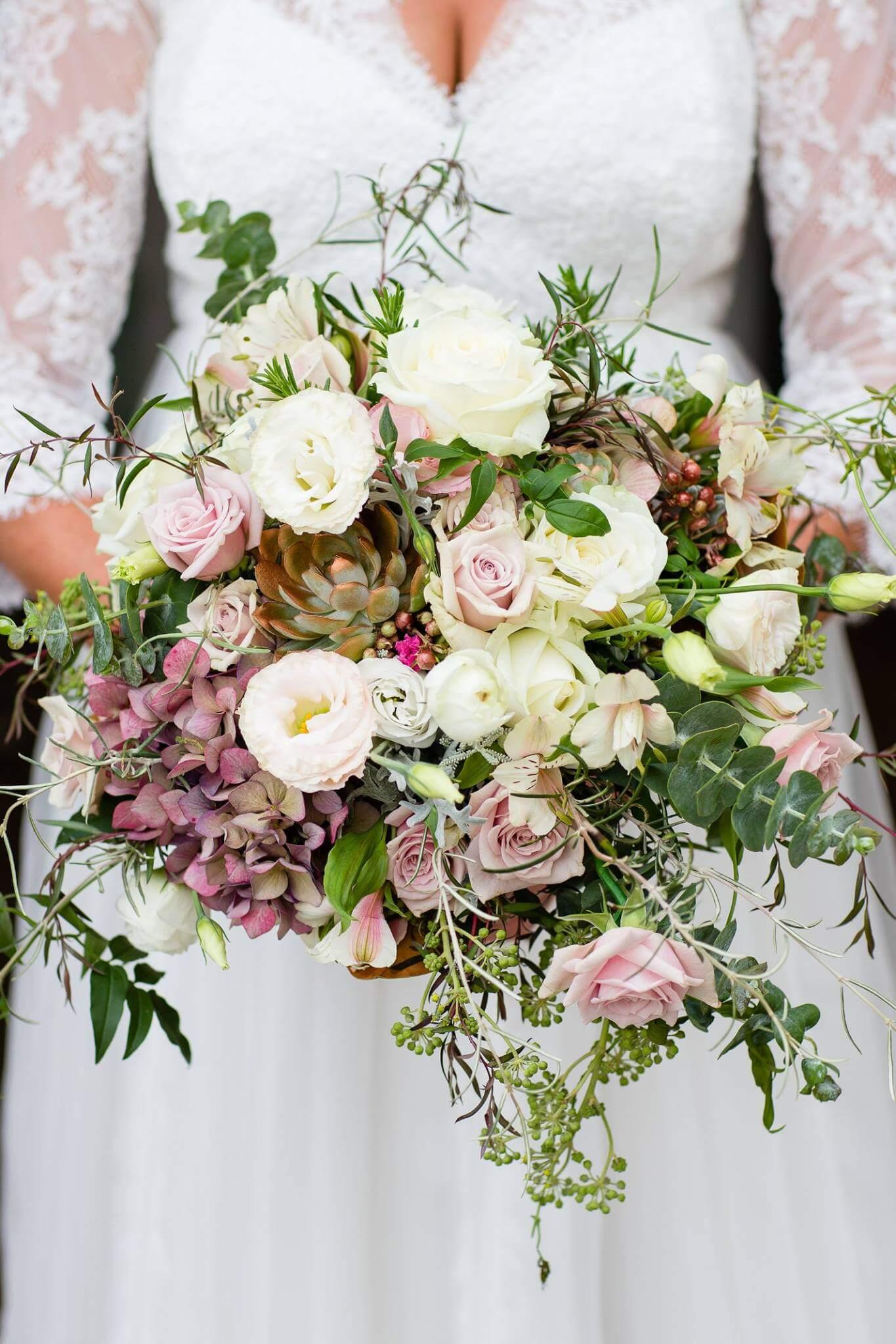 Rennae Bridal Bouquet.jpg
