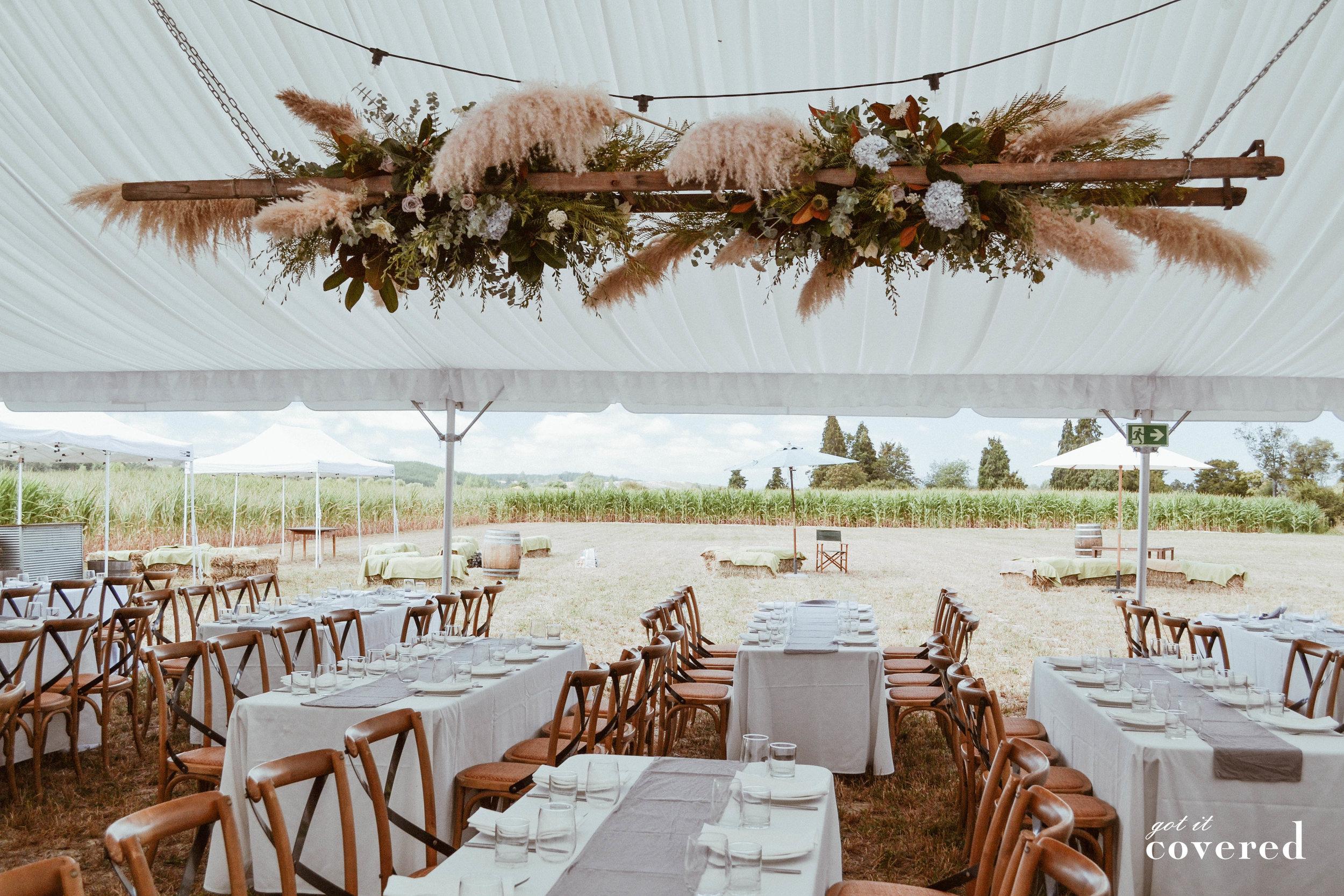 T&N marquee wedding 19-18.jpg
