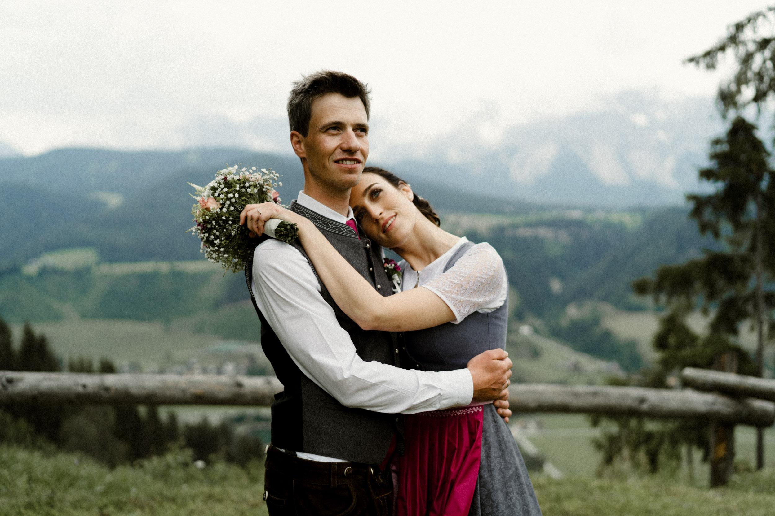 austria_mountain_wedding_photography_countryside_vienna-16.jpg