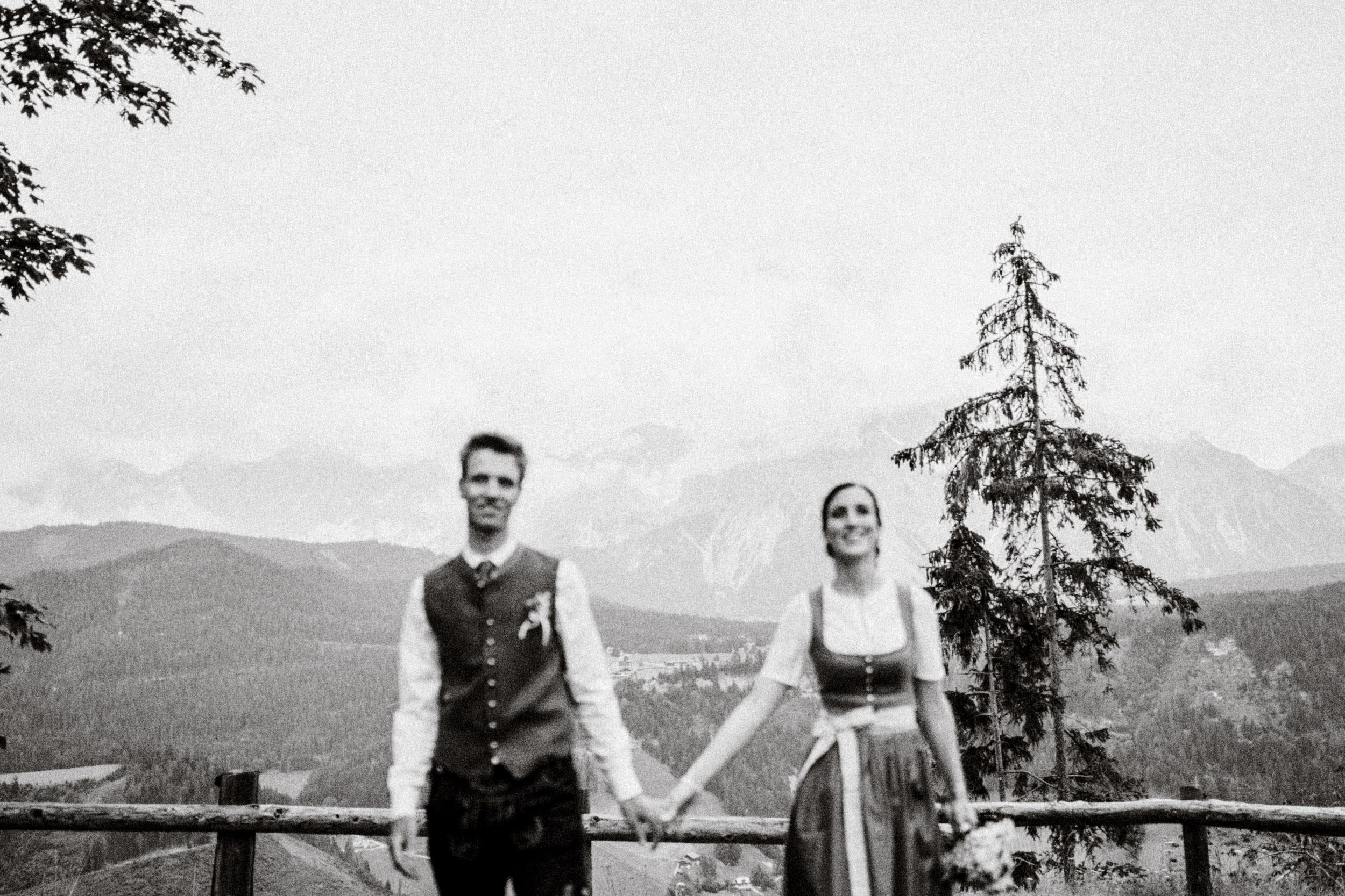 austria_mountain_wedding_photography_countryside_vienna-18.jpg