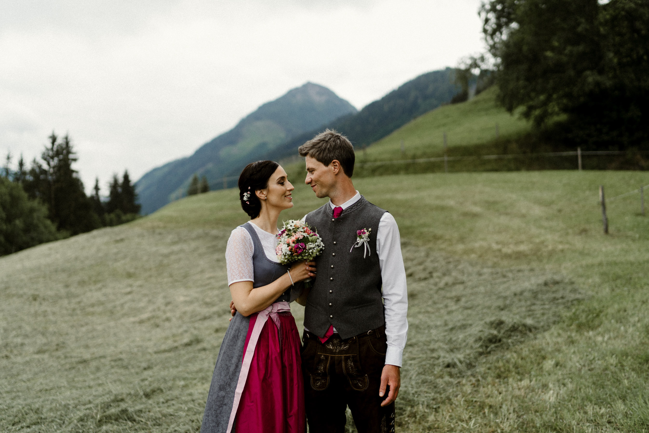 austria_mountain_wedding_photography_countryside_vienna-20.jpg