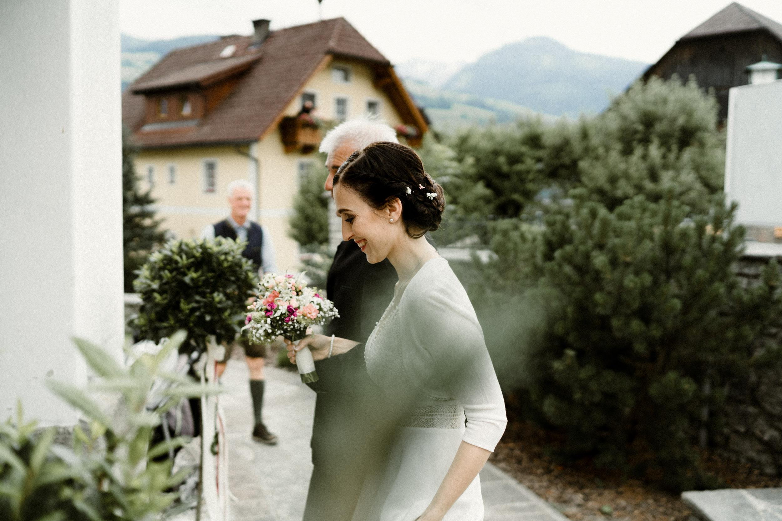austria_mountain_wedding_photography_countryside_vienna-29.jpg