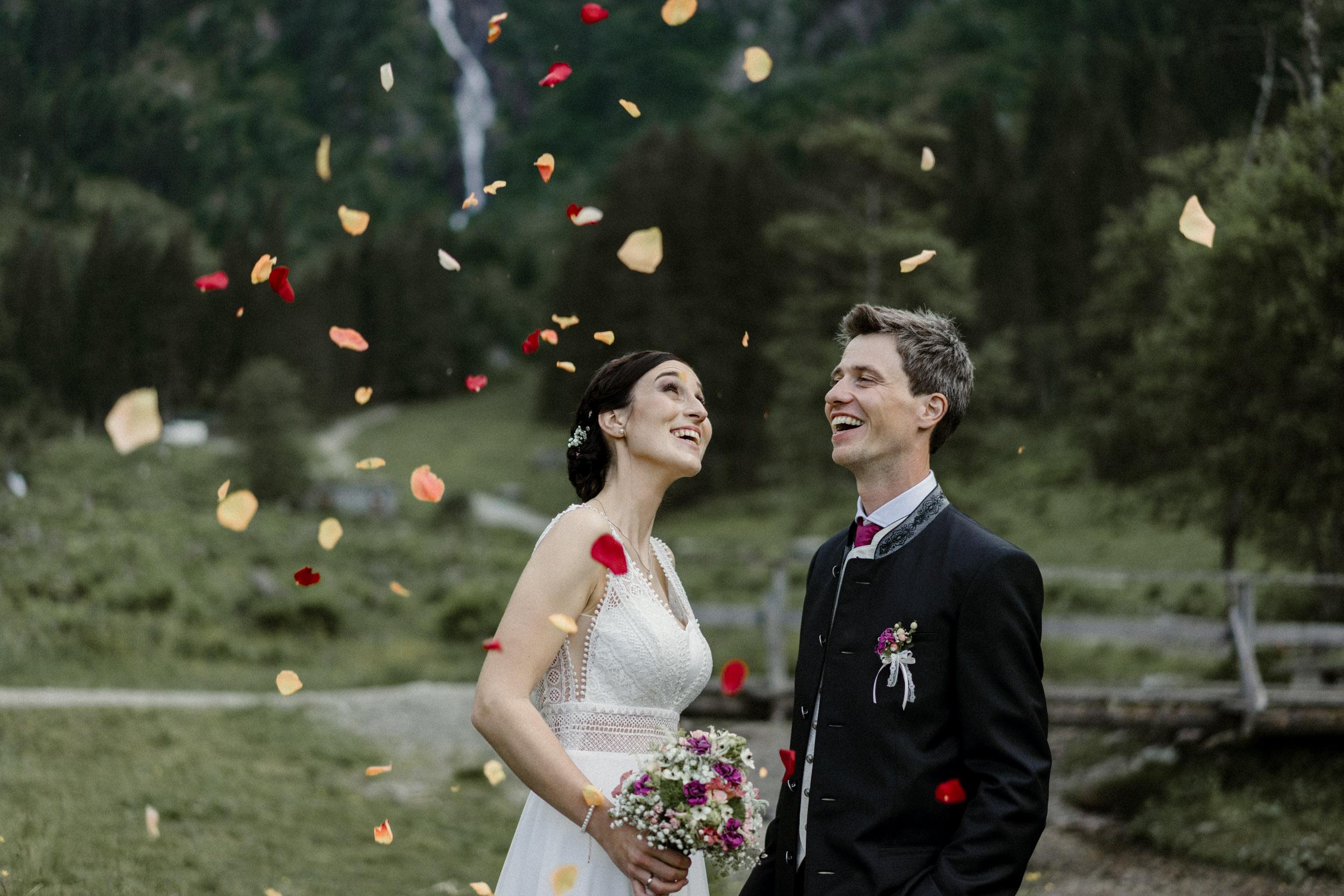 austria_mountain_wedding_photography_countryside_vienna-36.jpg