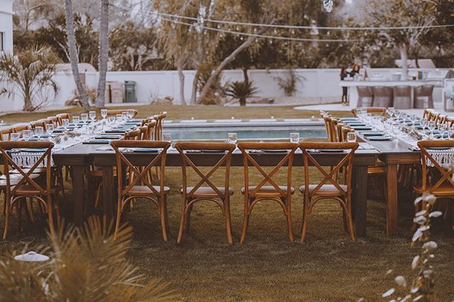 Amazing wedding décor. Loving the setup! . . . . . . . . . #brideandgroom #bride #wedding #phoenixwedding #arizonawedding #azphotographer #arizonaphotographer #destinationphotographer #destinationweddingphotographer #azweddingphotographer #azwedding #californiaphotographer #phoenix #instawedding #lasvegasphotographer #coloradophotographer #utahphotographer #californiaweddingphotographer #oregonweddingphotographer #californiaweddingphotographer #weddingphotographer #weddingplanner #azweddingplanner #oregonphotographer #arizonaweddingplanner #azweddingvenue