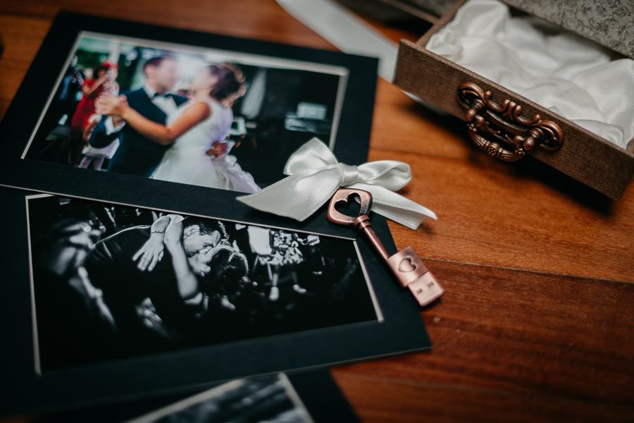 boda-fotografia-entrega-donostia-5.jpg