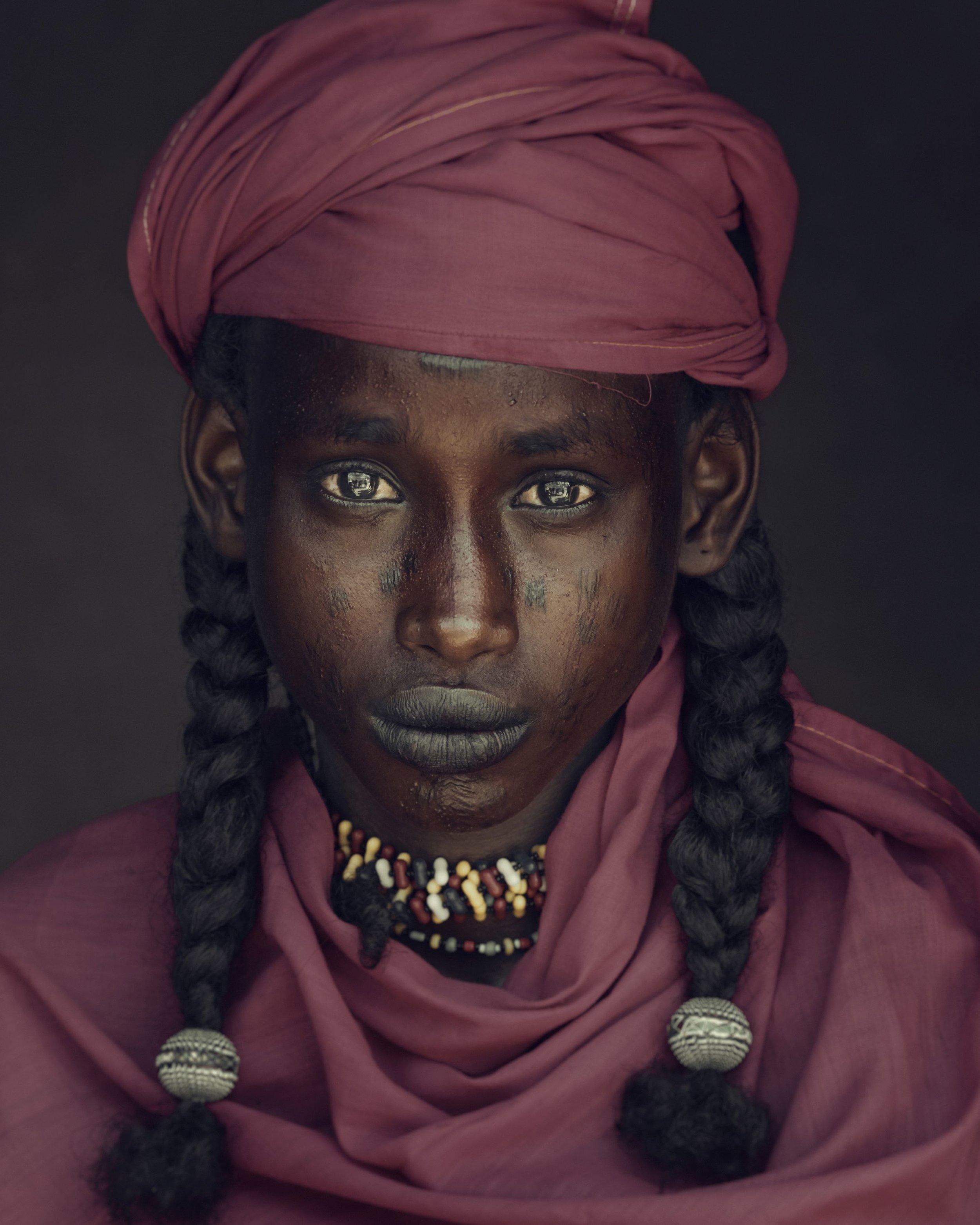 Jimmy Nelson_XXVIII 6 - Angelo, Soedoe Soechay, Gerewol, Bossio, Chad, 2016.jpg