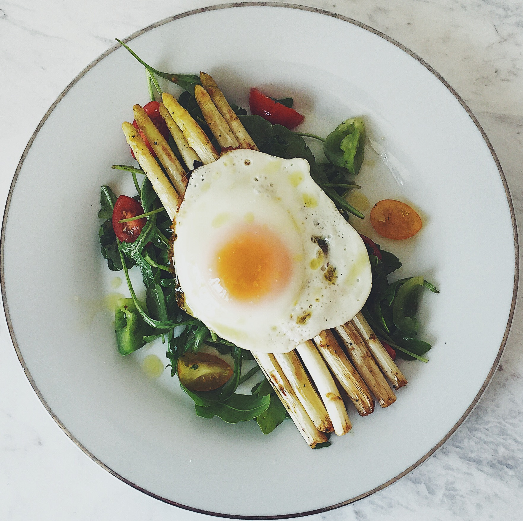 Arugula Salad with Asparagus and Poached egg -