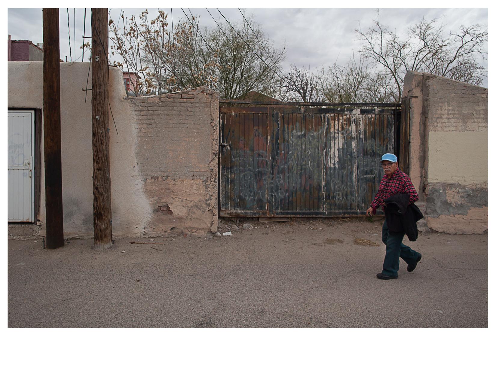 Man in Alley, El Segundo Bario, TX