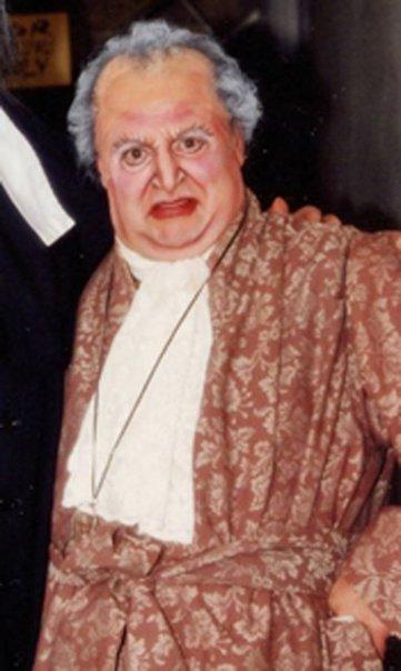 Dr. Bartolo