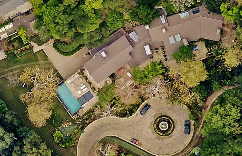 jennifer lopez house .jpg