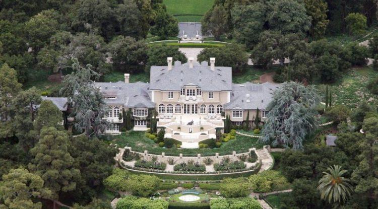 Oprah house.jpg