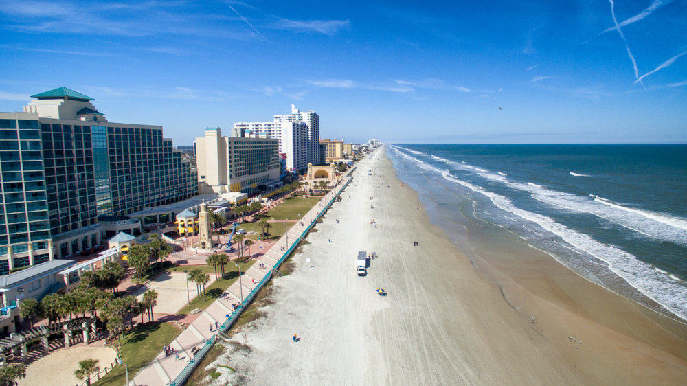 Daytona Beach 2.jpg