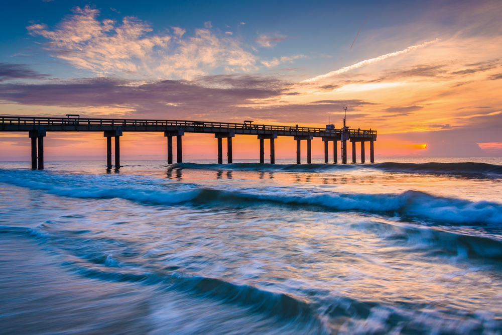 St. augustine Beach pier.jpg
