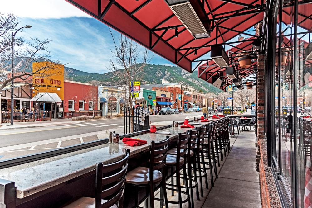 Boulder colorado pearl street.jpg
