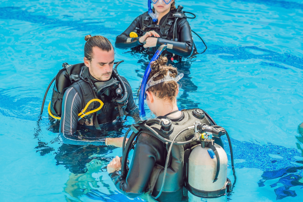diving instructor.jpg