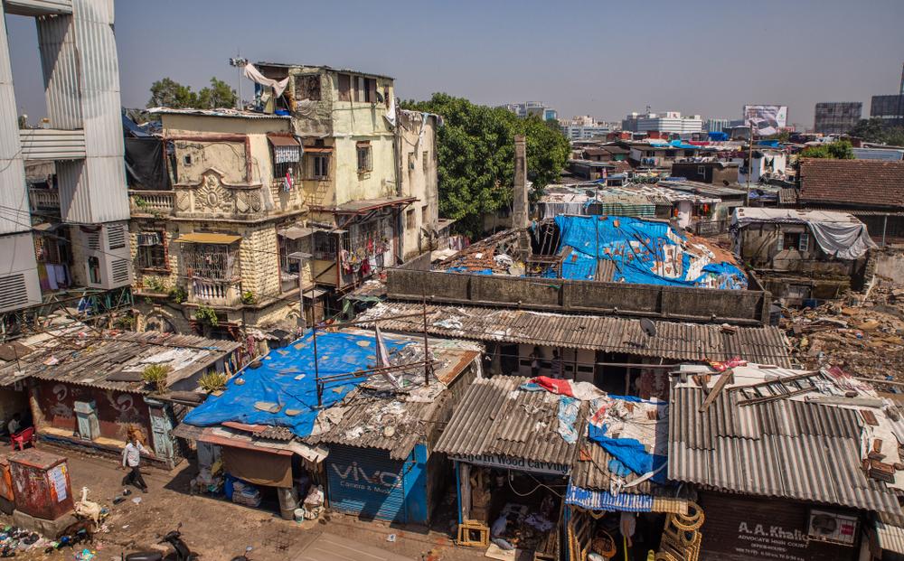 mubai slums.jpg