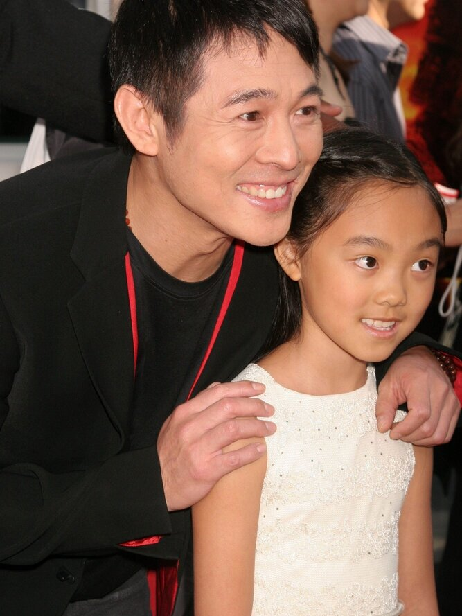 jet+li+and+daughter.jpg