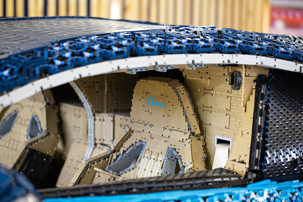 Lego bugatt 3.jpg
