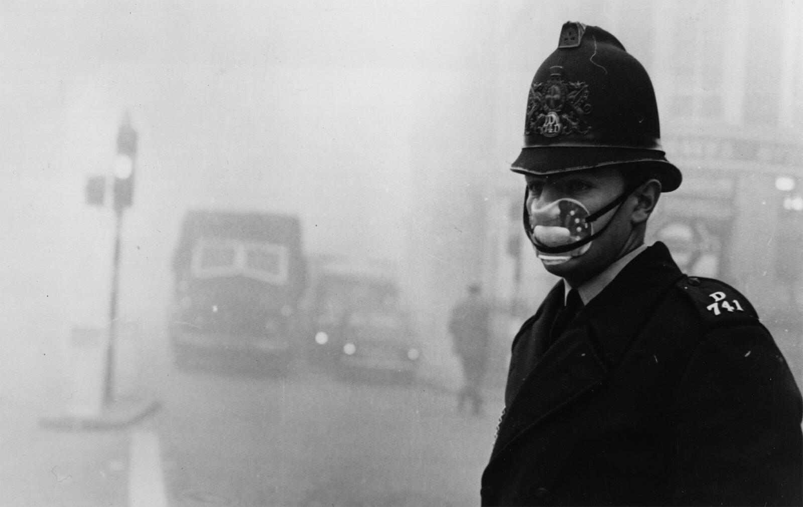 London-fog-1952_goog.jpg