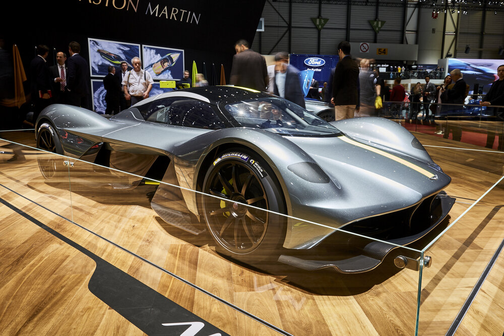 Aston Martin Valkyrie 2.jpg