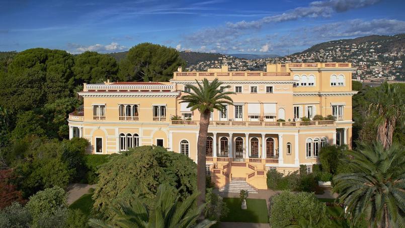 Villa Les Cedres_.jpg