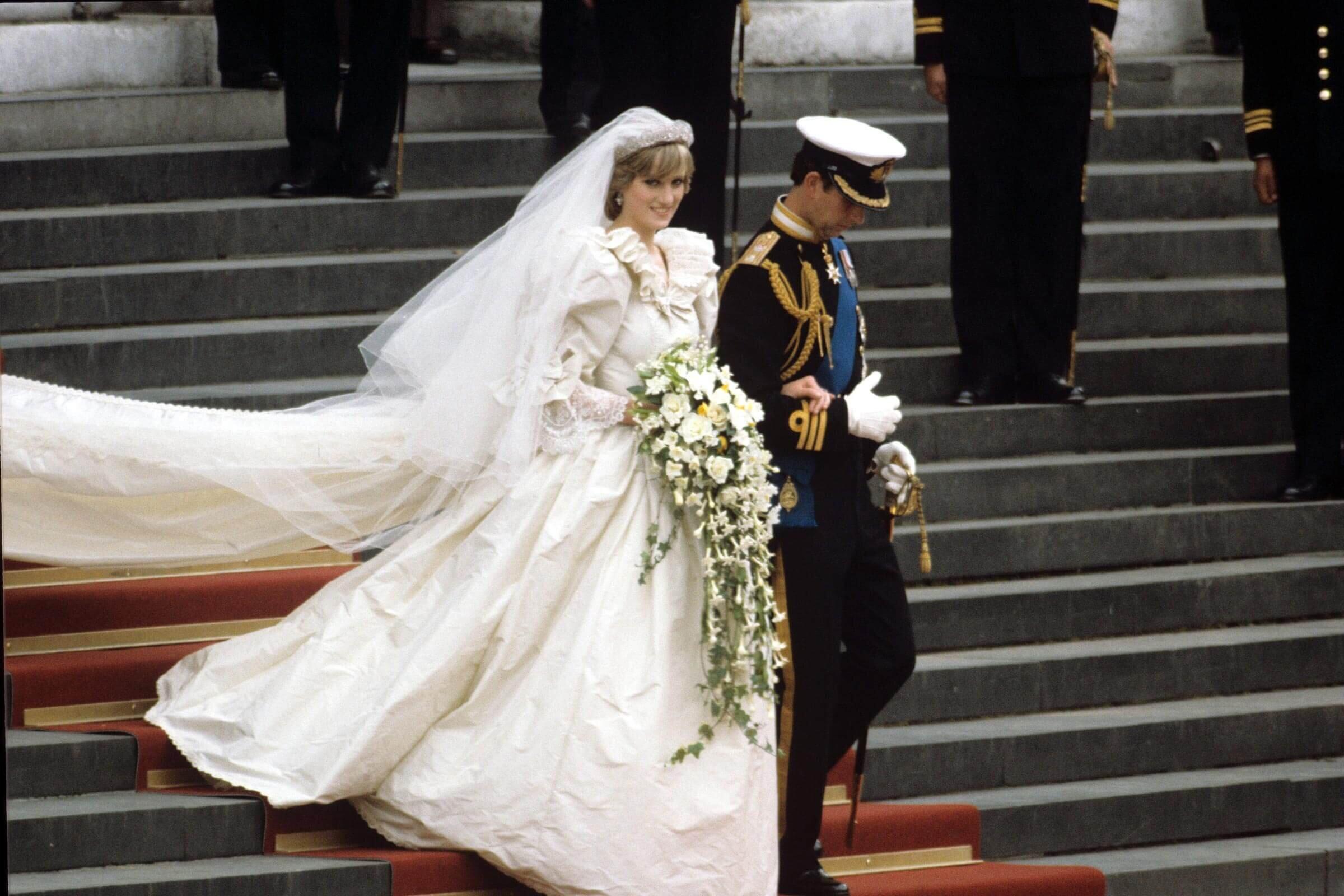 princess diana wedding_goog.jpg