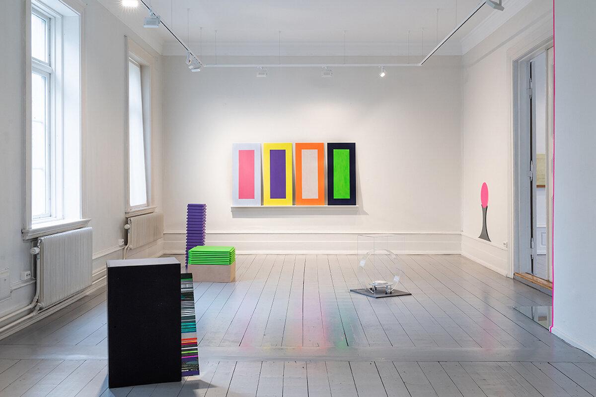 Installation view   Rommet mellom oss , Open Space 2019, Trondhjems Kunstforening, Trondheim, Norway Foto: Susann Jamtøy