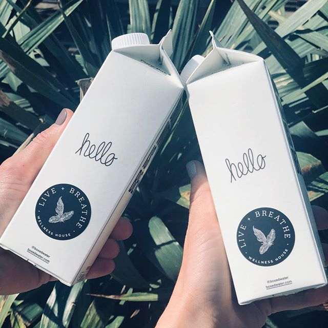 Say hello to wellness, redefined. Thank you to @boxedwater for the collab 👋 ♻️ #LiveandBreathe